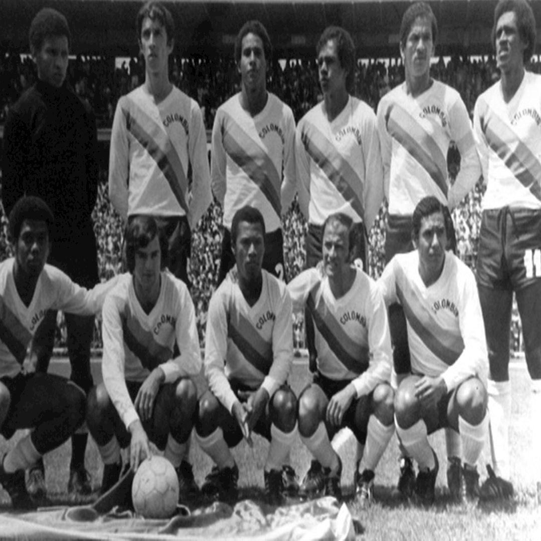 Colombia 1973 Retro Football Shirt   2   COPA
