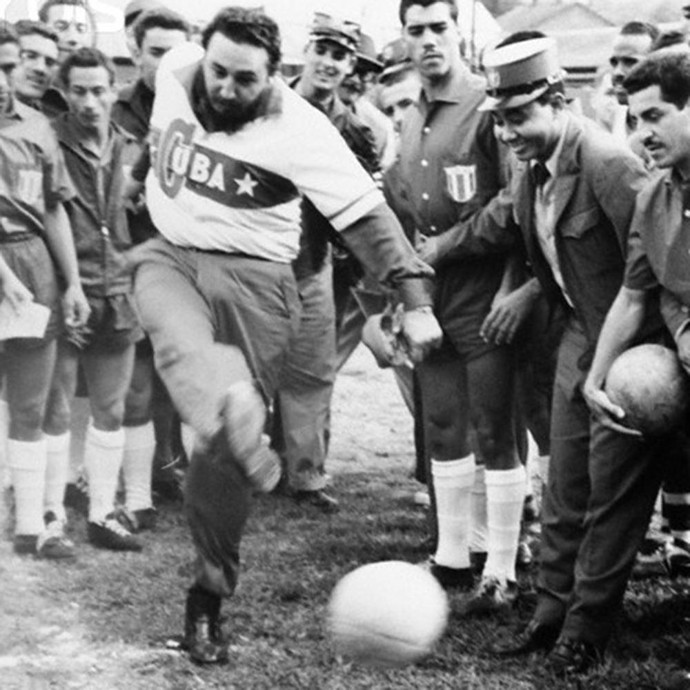 Cuba 1962 Castro Retro Football Shirt   2   COPA