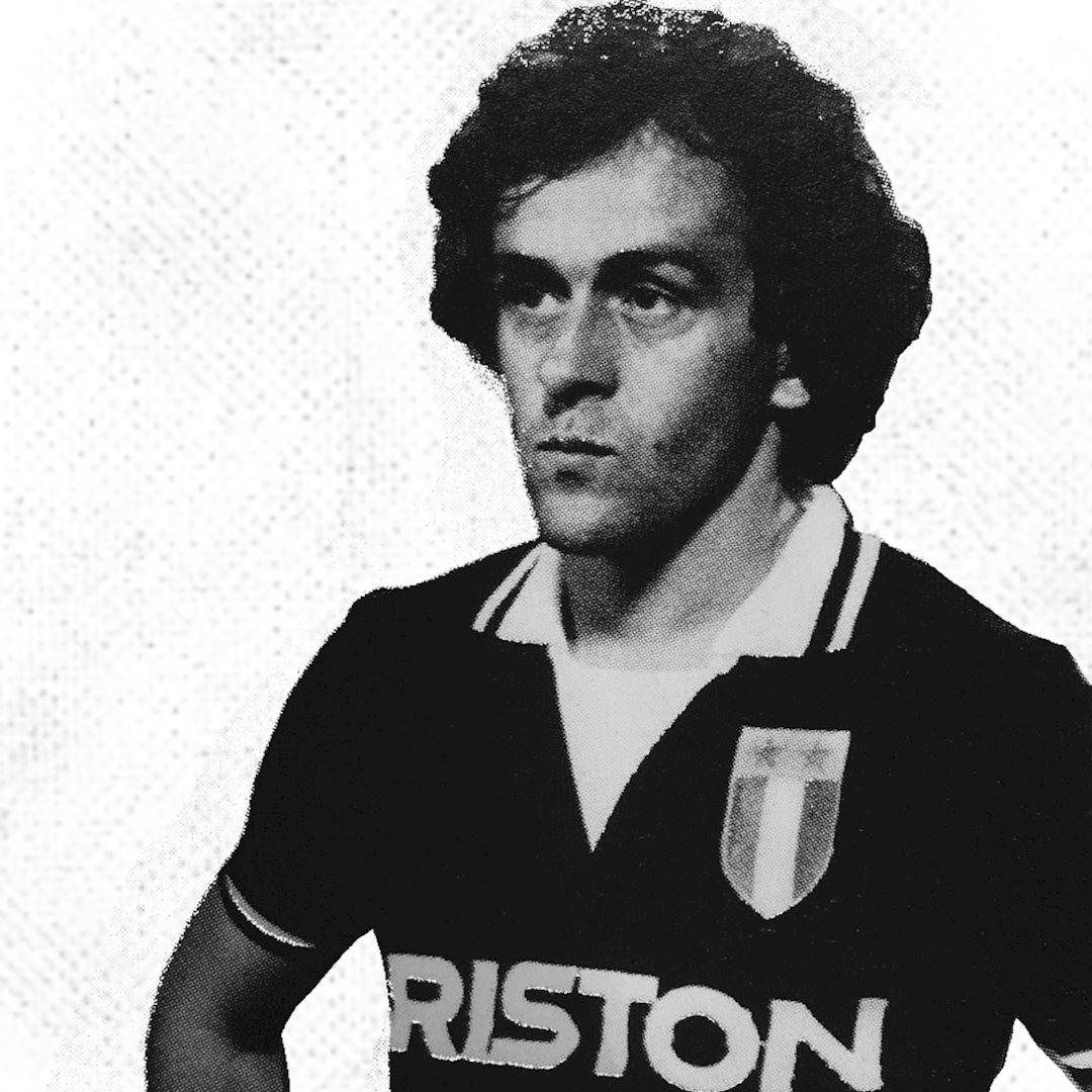 298 | Juventus FC 1986 - 87 Away Maillot de Foot Rétro | 2 | COPA