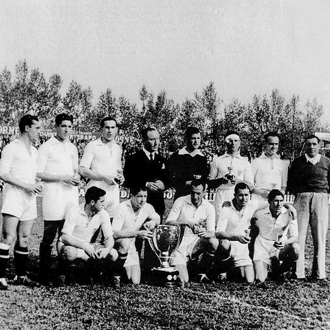 Sevilla FC 1945 - 46 Retro Football Shirt | 2 | COPA