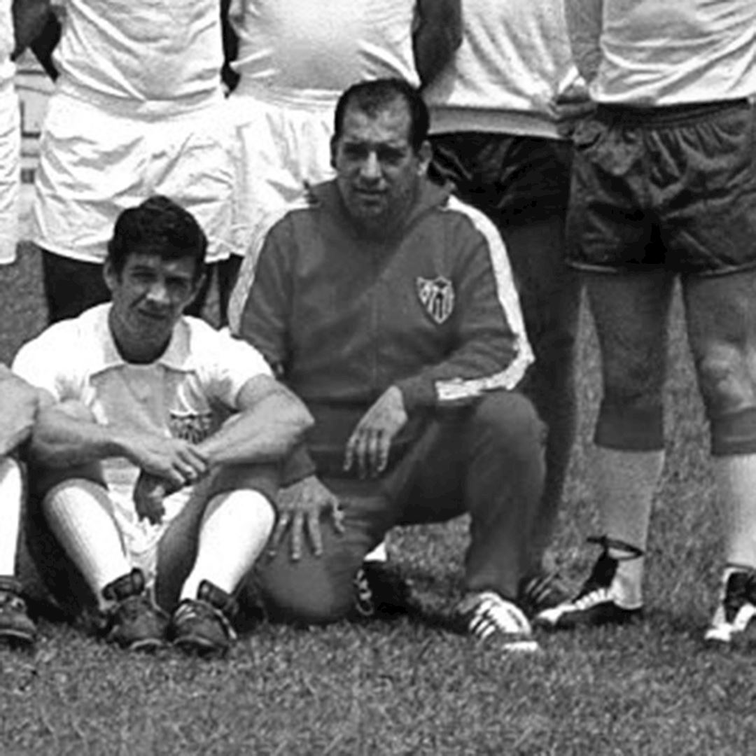 Sevilla FC 1970 - 71 Retro Football Jacket   2   COPA