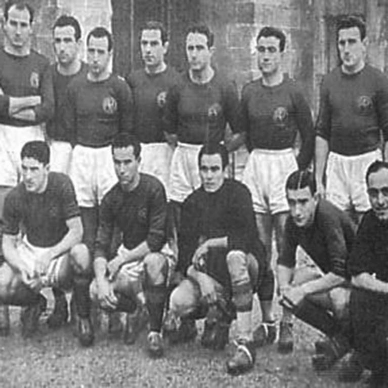 705 | AS Roma 1941-42 Retro Football Shirt | 2 | COPA