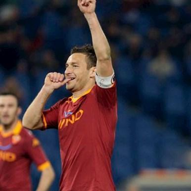 5149 | AS Roma Totti Casual Sok | 2 | COPA