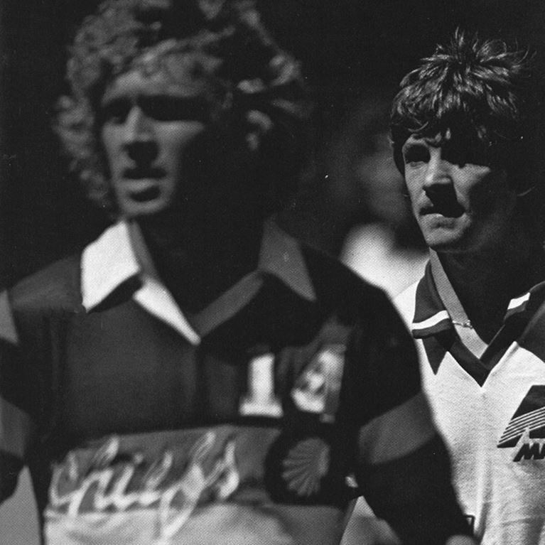 413 | Atlanta Chiefs Away 1981 Short Sleeve Retro Football Shirt | 2 | COPA