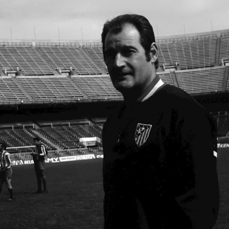 931 | Atletico de Madrid 1969 Retro Fußball Jacke | 2 | COPA