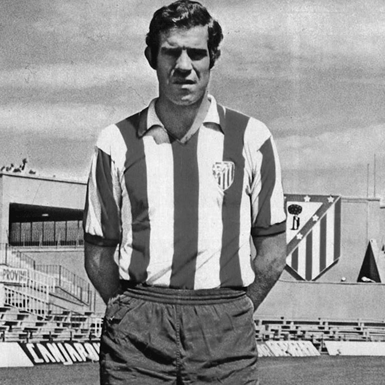 277 | Atletico de Madrid 1970 - 71 Retro Football Shirt | 2 | COPA