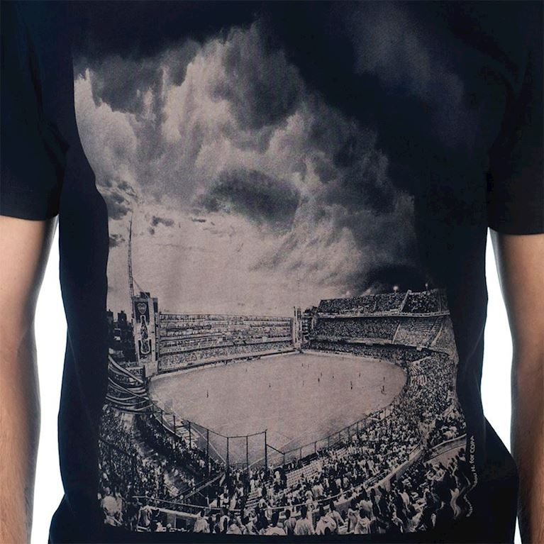 6677 | Bombonera Clouds T-Shirt | Black | 2 | COPA