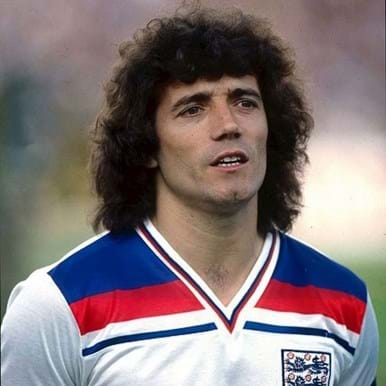 5028 | England 1982 Beanie | 2 | COPA