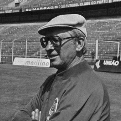 891   FC Porto 1985 - 86 Retro Football Jacket   2   COPA