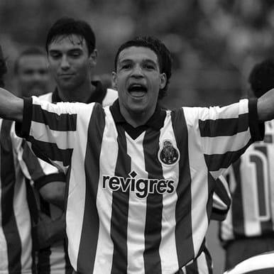 128 | FC Porto 2002 Retro Football Shirt | 2 | COPA