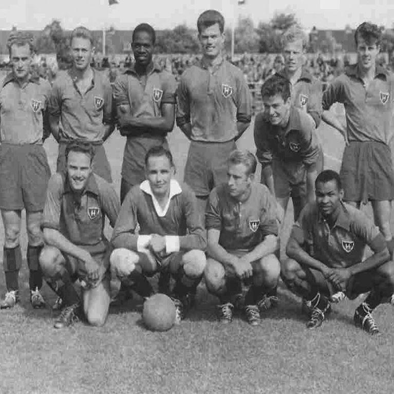 792 | HFC Haarlem 1950's Long Sleeve Retro Football Shirt | 2 | COPA
