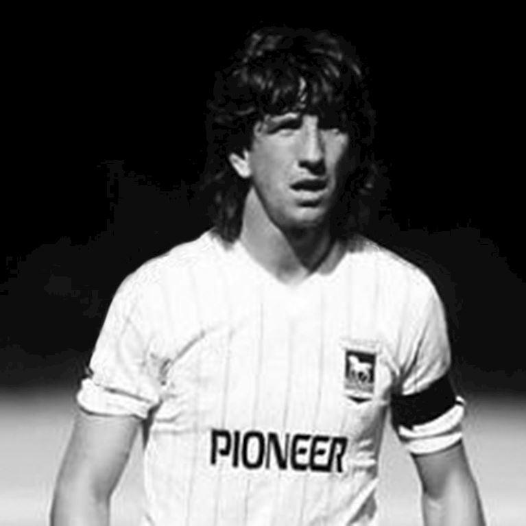131 | Ipswich Town FC Away 1981 - 82 Retro Football Shirt | 2 | COPA