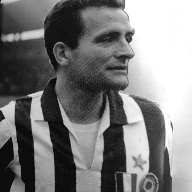 300 | Juventus FC 1960 - 61 Retro Fußball Trikot | 2 | COPA