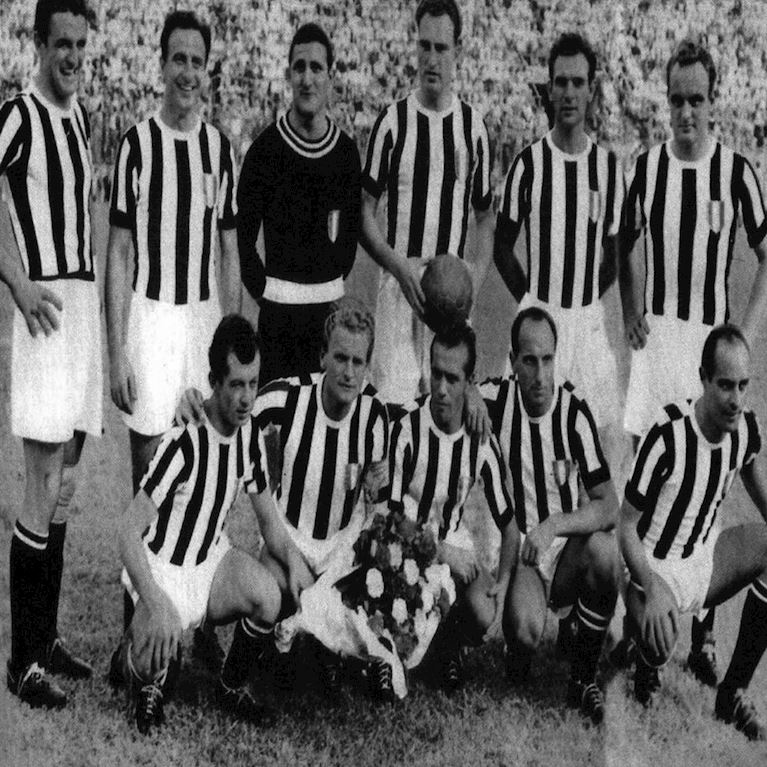 144 | Juventus FC 1951 - 52 Long Sleeve Retro Football Shirt | 2 | COPA