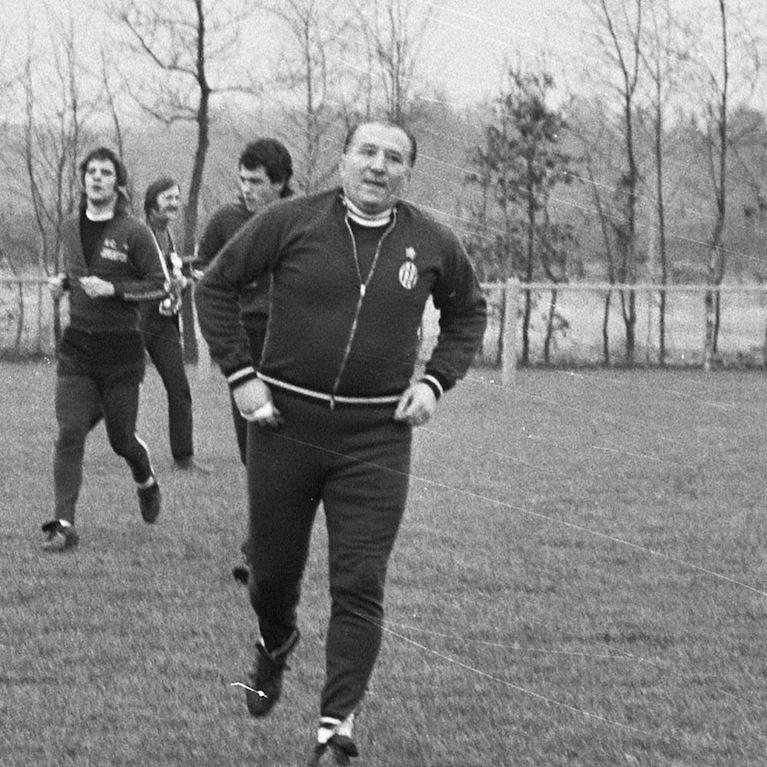 929 | Juventus FC 1971 - 72 Retro Fußball Jacke | 2 | COPA