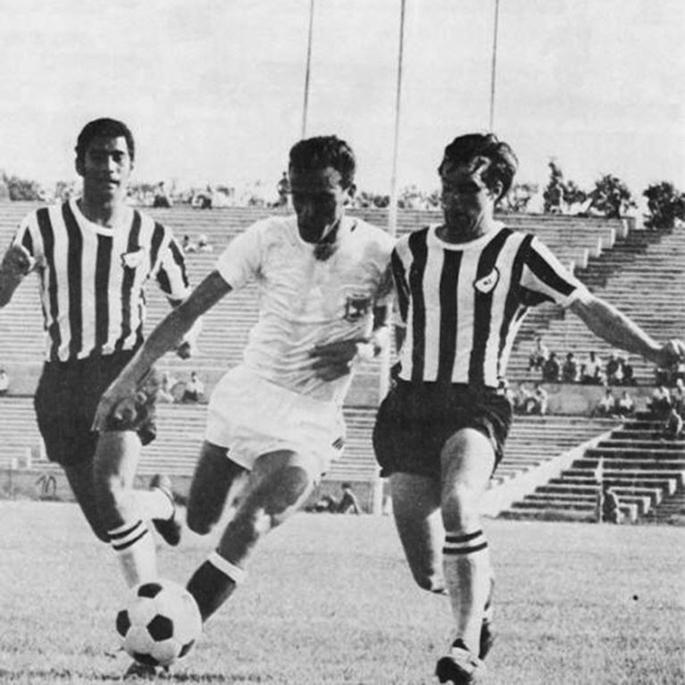 443 | New Zealand 1969 Short Sleeve Retro Football Shirt | 2 | COPA