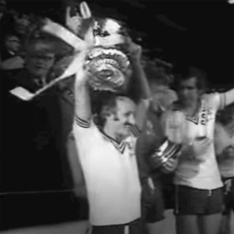 343 | Southampton FC 1976 Cup Final Maillot de Foot Rétro | 2 | COPA