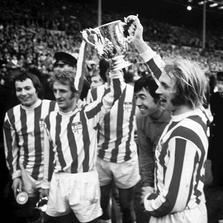 329 | Stoke City FC 1972 Retro Fußball Trikot | 2 | COPA