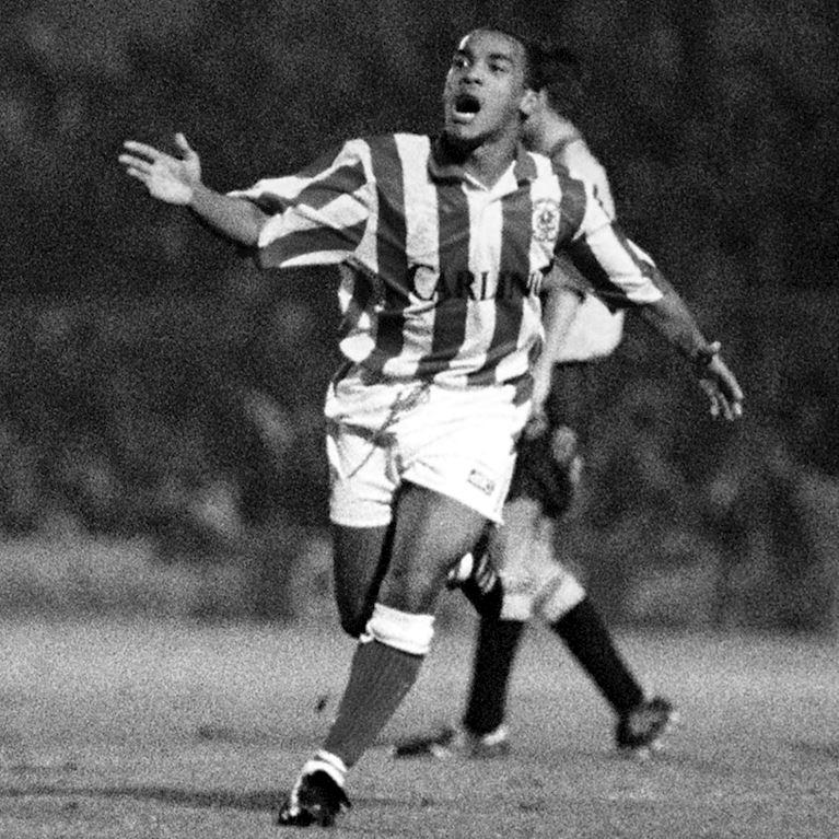 333 | Stoke City FC 1993 - 94 Retro Fußball Trikot | 2 | COPA