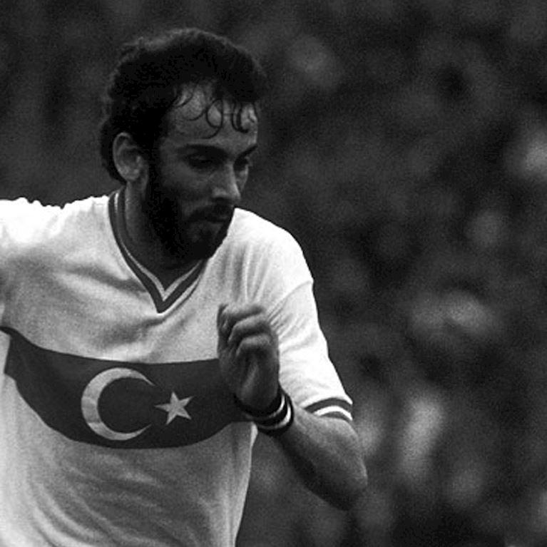 313 | Turquie 1979 Maillot de Foot Rétro | 2 | COPA