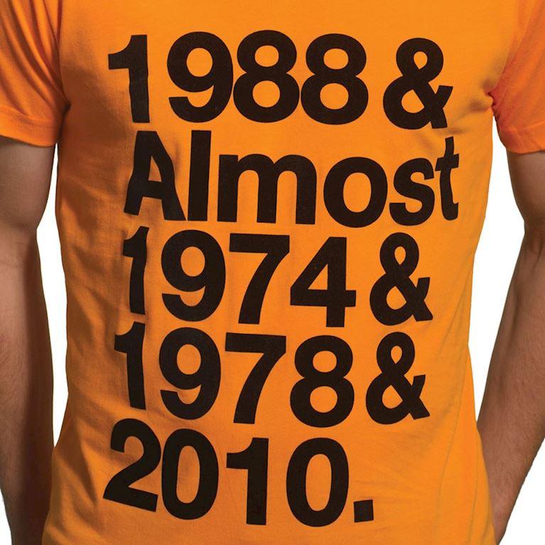 6622 | Holland Almost V-Neck T-Shirt | Orange | 2 | COPA