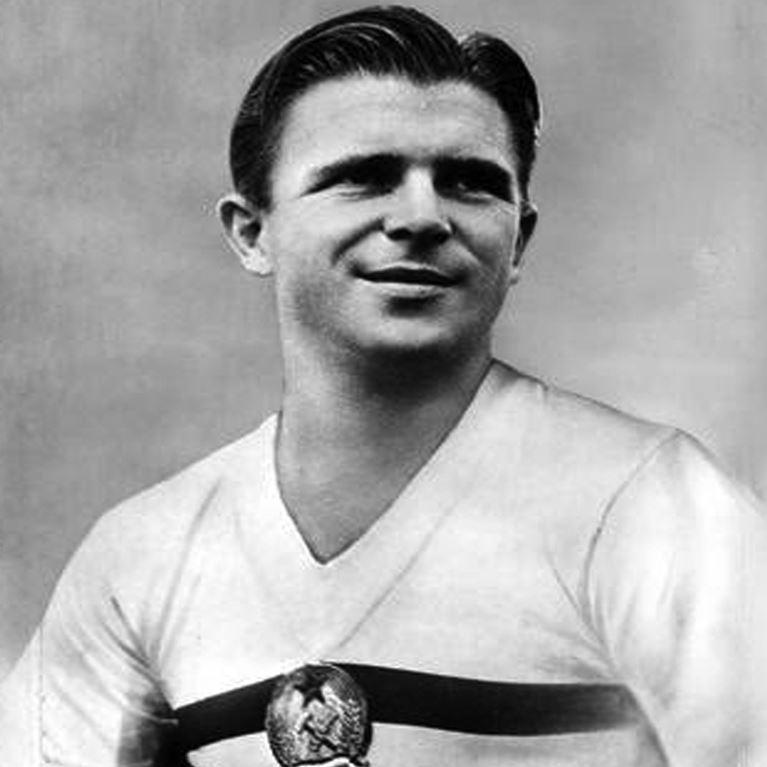 452 | Hungary Away 1950's Short Sleeve Retro Football Shirt | 2 | COPA