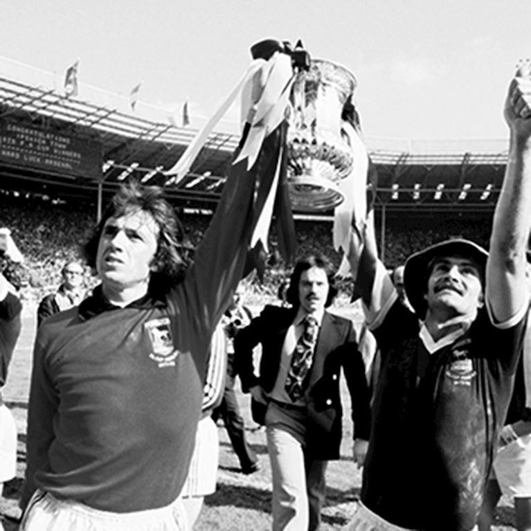 164 | Ipswich Town FC 1977 - 78 Retro Football Shirt | 2 | COPA