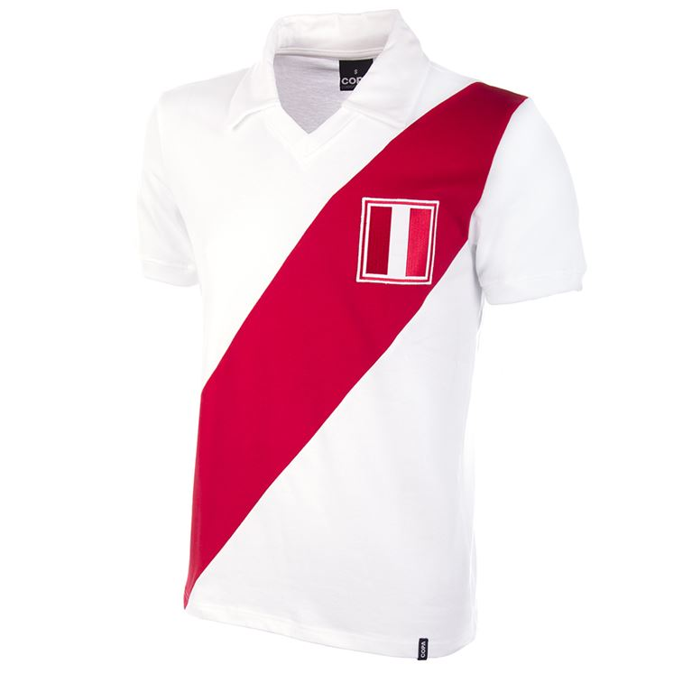 440   Peru 1970's Short Sleeve Retro Football Shirt   1   COPA