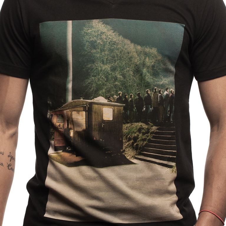 6624 | Snack Bar V-Neck T-Shirt | Black | 2 | COPA