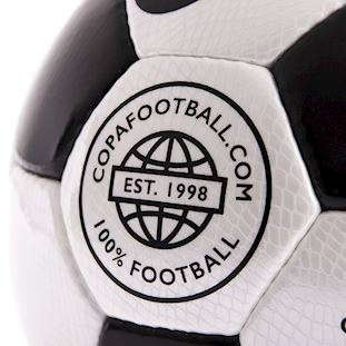 copa-laboratories-match-football-black-white-blackwhite | 3 | COPA
