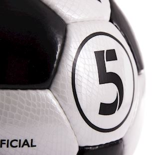 copa-laboratories-match-football-black-white-blackwhite | 4 | COPA