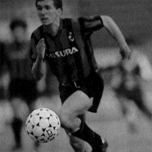710   FC Internazionale 1986 - 87 Short Sleeve Retro Football Shirt   2   COPA