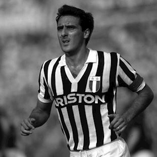 147 | Juventus FC 1984 - 85 Short Sleeve Retro Shirt | 2 | COPA
