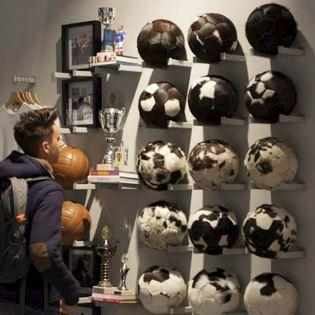 COPA shop-in-shop Football Temple